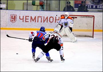 17 февраля 2015 года. Волжск. Регулярный чемпионат ВХЛ. Ариада - Ермак - 1:2